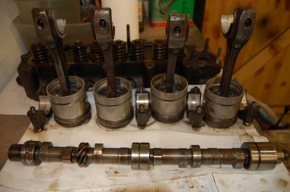 Pistons, big ends and crankshaft are all good and hopefully will be ok with just cleaning and new big-end and main bearing shells. Evidence of lightening/balancing of con-rods can be seen on the bigend shoulders. Unfortunately, having sought a second opinion on the cylinder bores, it was decided that a rebore and new pistons was advisable. Pistons are currently + 040, so the last shot is + 060 before resleeving back to standard.