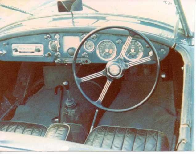 Photograph of the steerling wheel of a 1959 1500 MGA Roadster