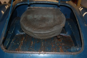 Boot floor is solid, with only surface rust, but lip suround is ragged where the spongy rubber seal held moisture.